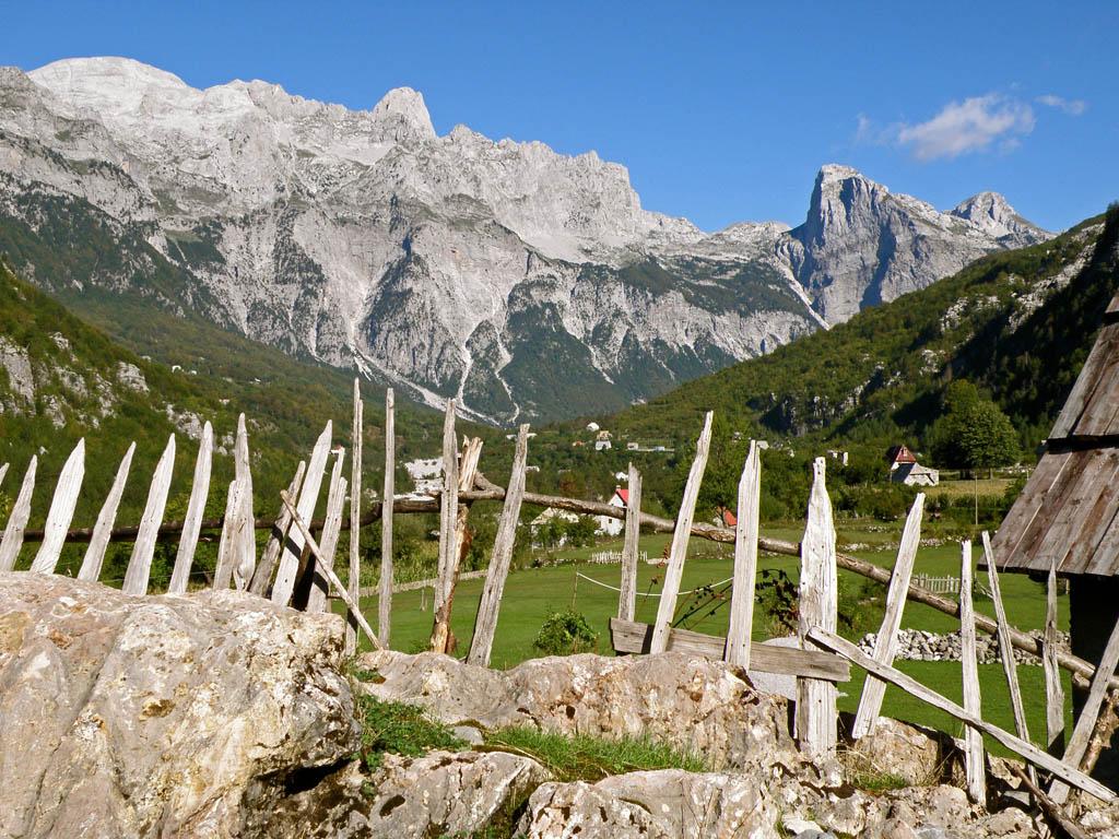 Der albanische Alpenhauptkamm, AL